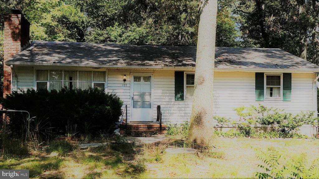 177 RITCHIE HIGHWAY, SEVERNA PARK, MD 21146