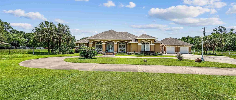 7418 Woodside Dr, Pensacola FL 32526