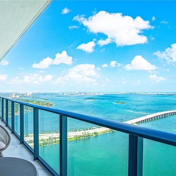 3131 NE 7th Ave #PH5202, Miami, FL 33137